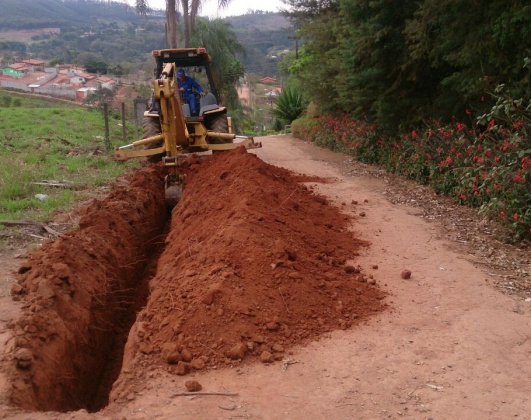 Saae deu in�cio �s obras na regi�o do Tanque
